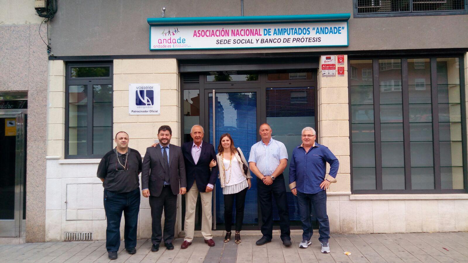Andade ha abierto el primer banco de pr tesis oficial en for Banco santander abierto sabado madrid